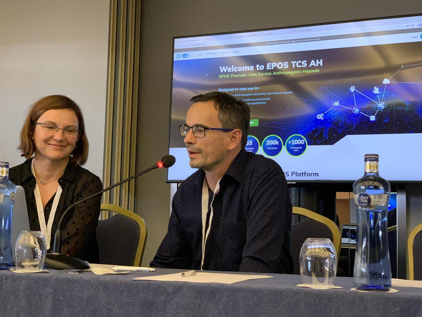 TCS-AH Research Infrastructure Demonstration at EPOS-IP Final Meeting in September 2019, Madrid, Spain. Photo courtesy of Ian Stimpson.