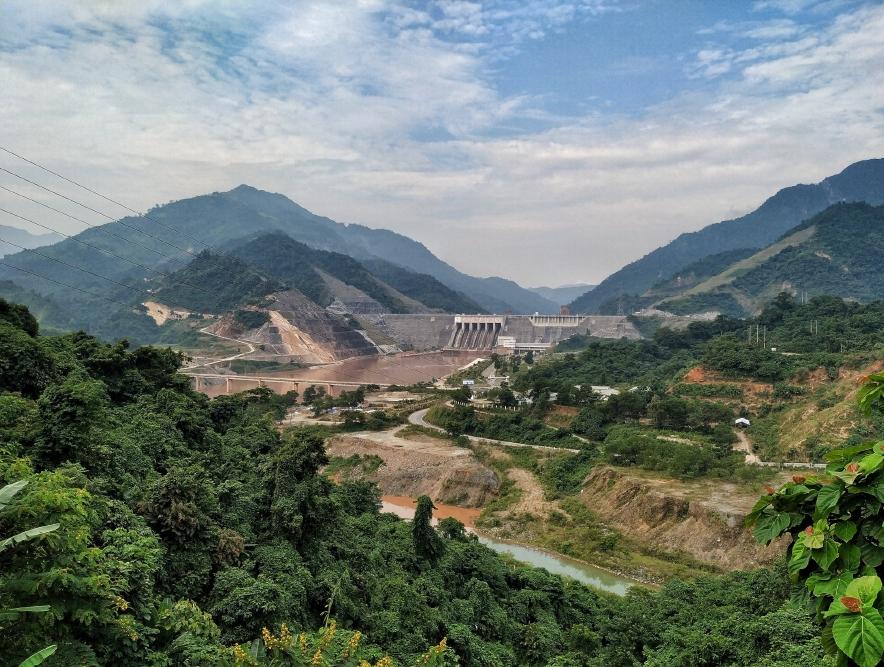 Lai Chau dam (photo: G. Lizurek)